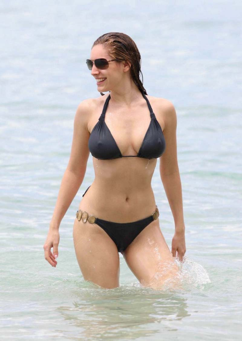 Kelly Brook In A Bikini At Barbados