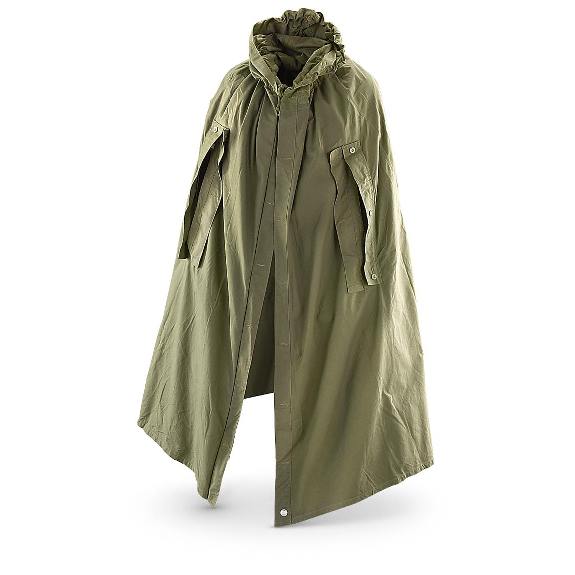 Philosophizing with a Hammer: My Favorite Rain Gear