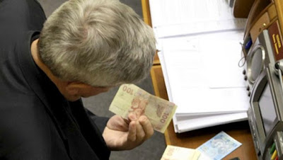 Special pensions for MPs, prosecutors, judges etc. cancelled from June 1, 2015