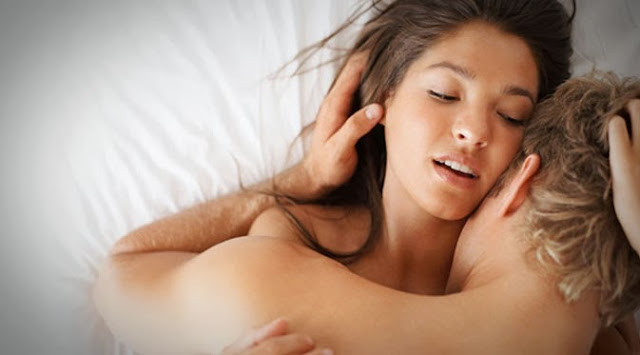 4 Ciuman Dahsyat yang Digandrungi Wanita