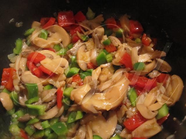 Riz aux poivrons et champignons arroz de pimentos e cogumelos - Peut on donner du riz cuit aux oiseaux ...