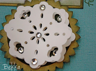 Doily Triple Layer Punch Snowflake Detail