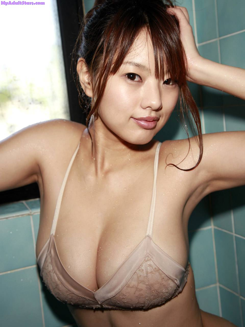 Sexy Asian Girls With Big Boobs Vol 1.4