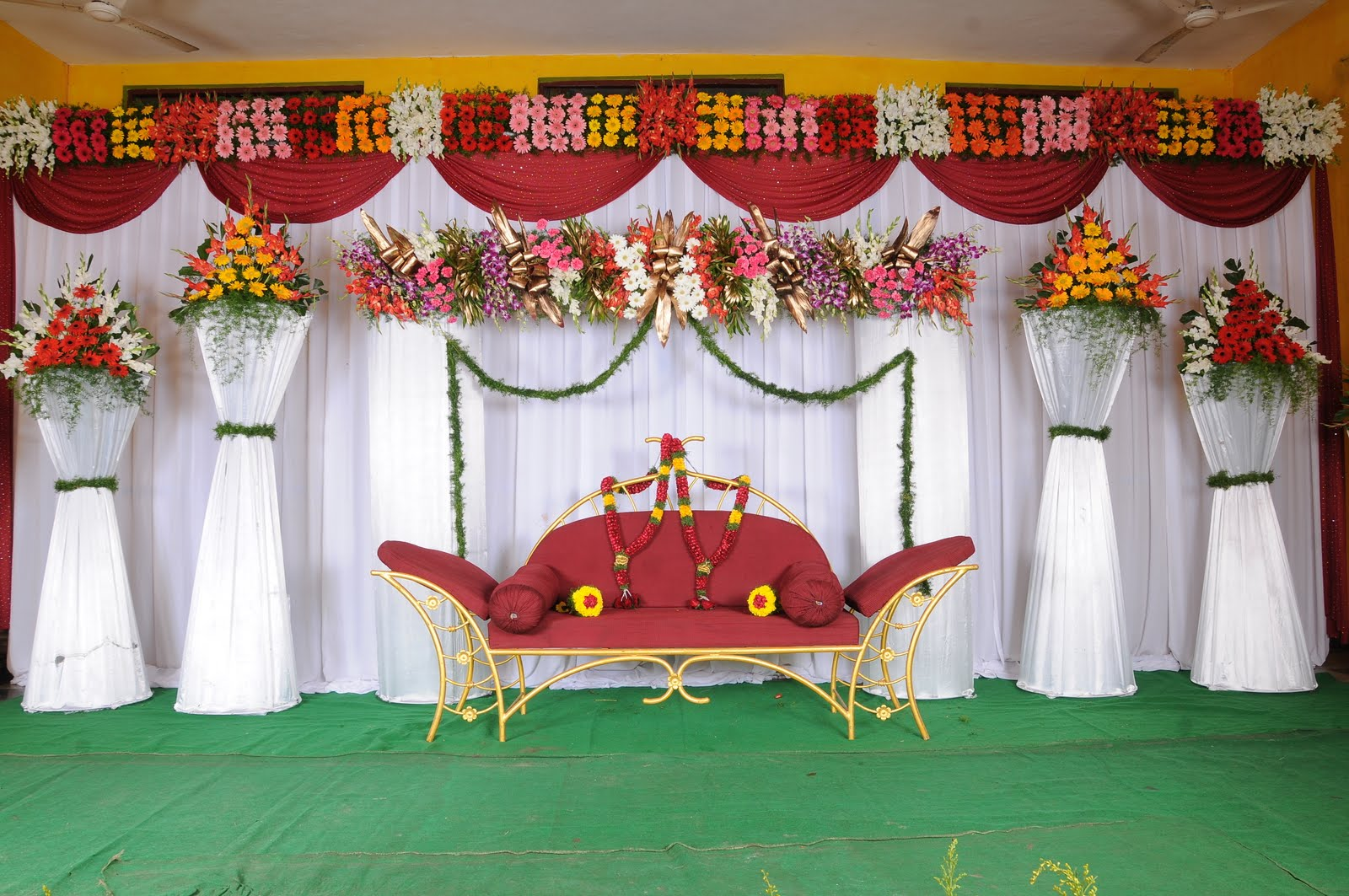 About Marriage Marriage Decoration Photos 2013 Marriage: simple flower decoration ideas