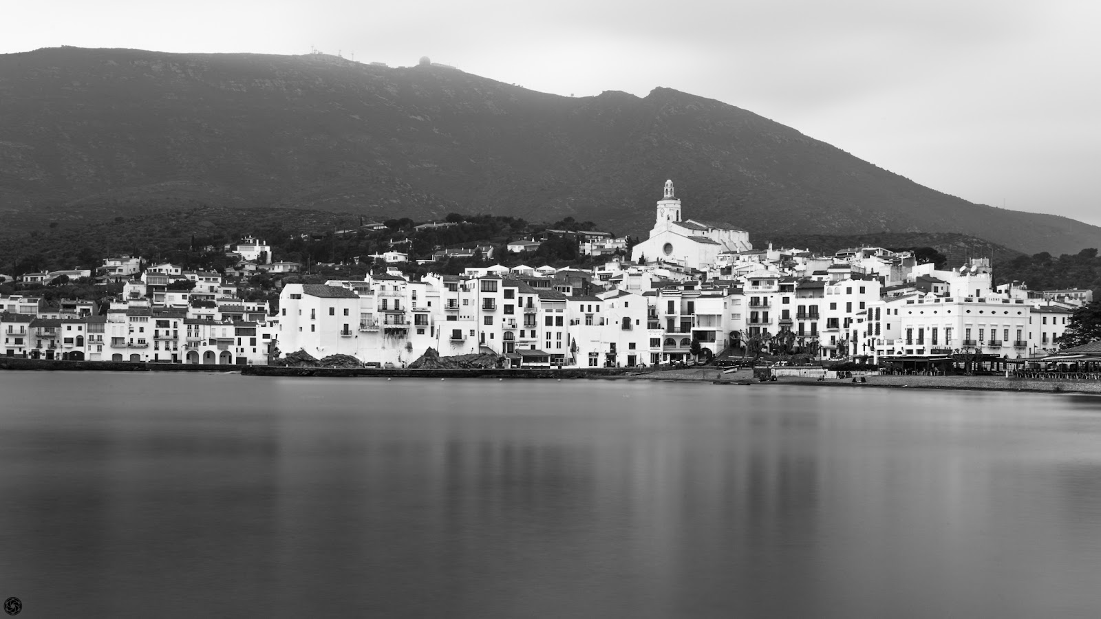Cadaqués :: Canon EOS 5D MkIII | ISO100 | Canon 24-105@40mm | f/8.0 | 1/60s (ND400)