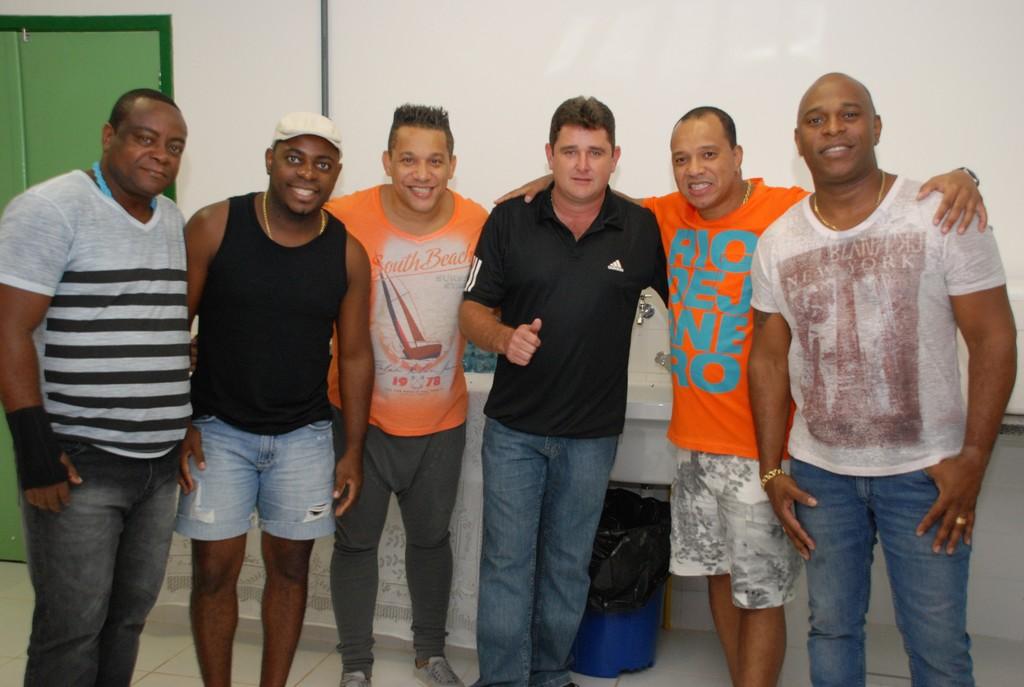Prefeito Arlei com o Grupo Molejo, em Bonsucesso