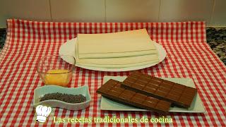 Napolitanas de hojaldre rellenas de chocolate