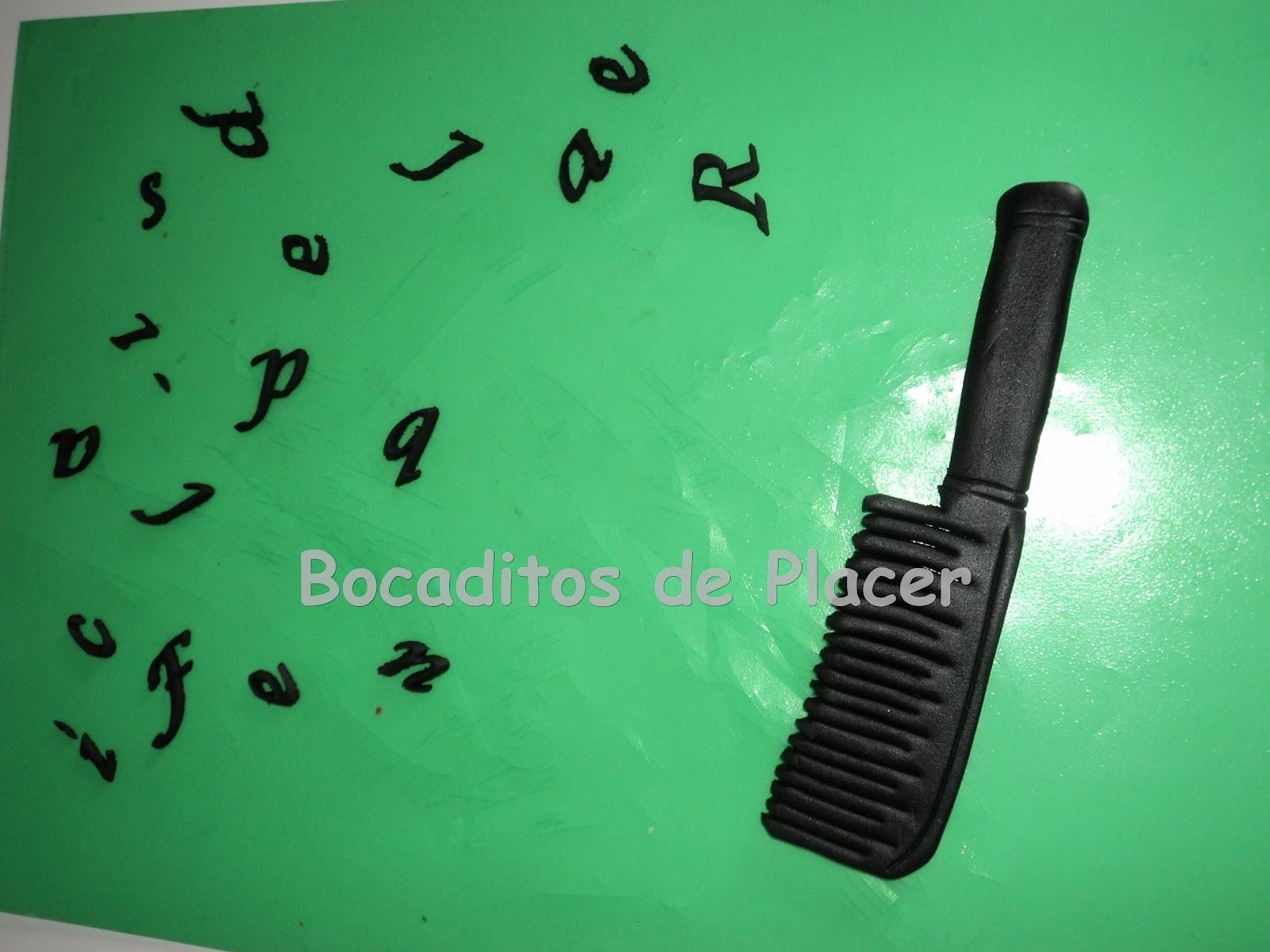BOCADITOS DE PLACER: Tarta muy CHIC para una peluquera a la ultima!!!