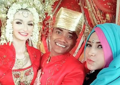 Pria Padang menikahi Bule Cantik