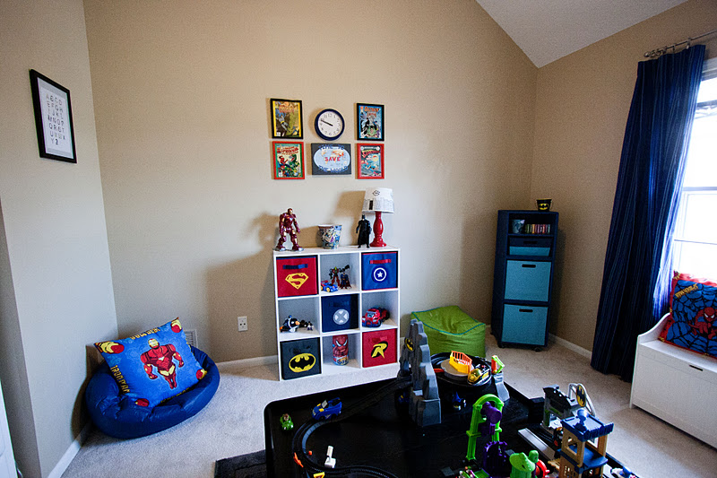 Head above water super hero playroom for Superhero bedroom ideas