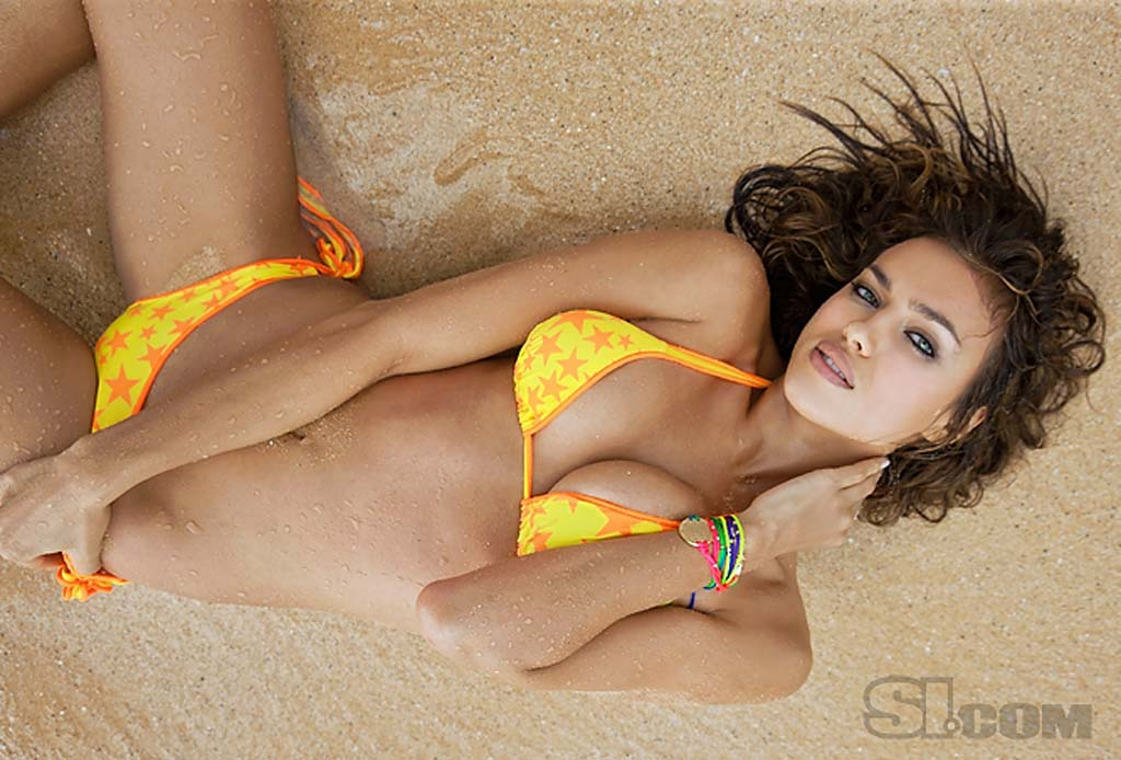 IRINA SHAYK SPORTS ILLUSTRATED SWIMSUIT 2011 WALLPAPERS