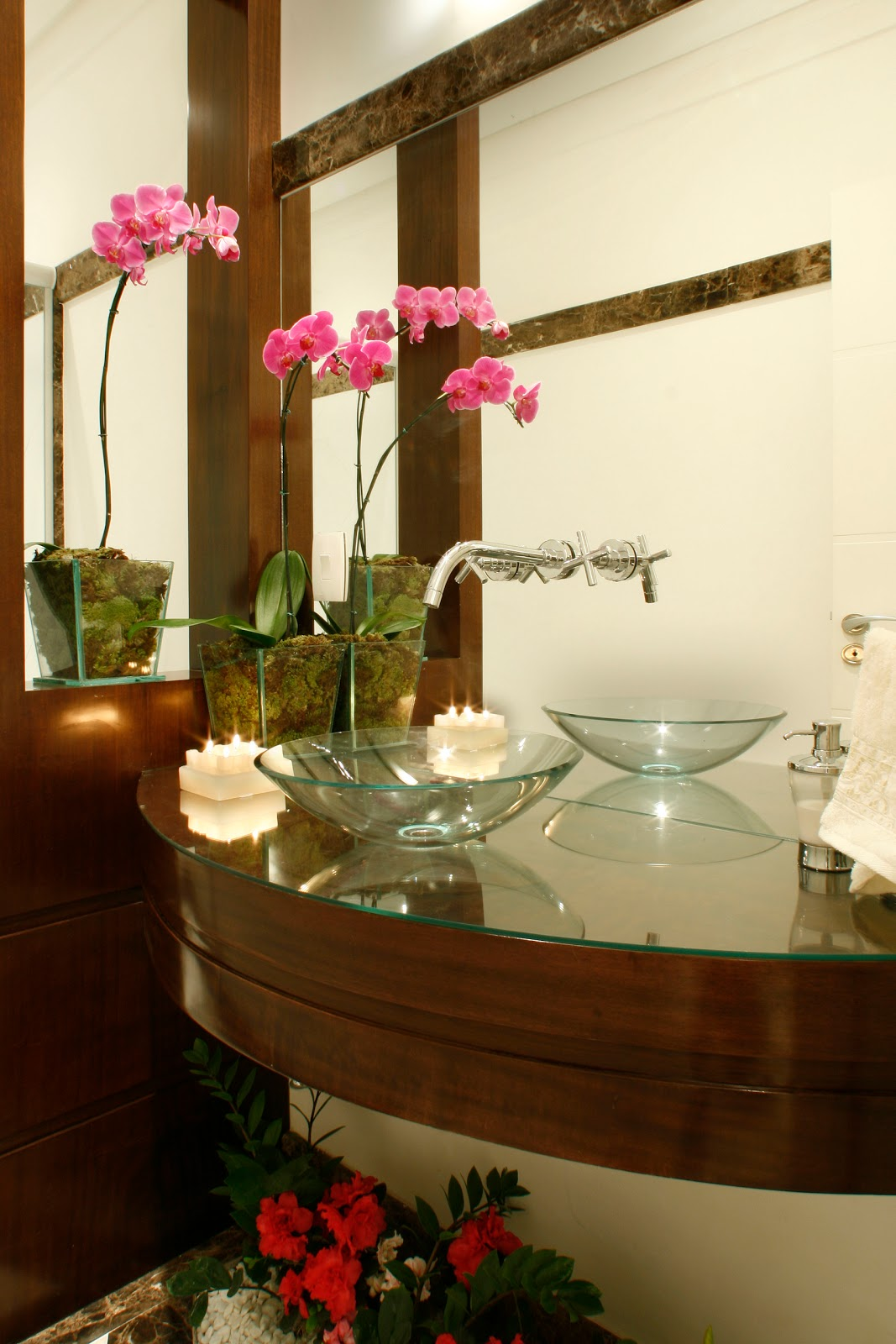 Decor Samira Ferro: DECORANDO SEU BANHEIRO! Com Requinte e bom gosto! #311C06 1067x1600 Banheiro Antigo Como Decorar