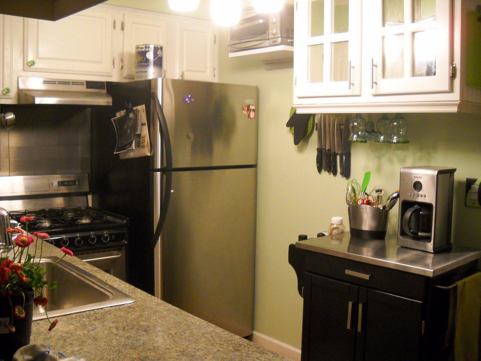 http://3.bp.blogspot.com/-uTwdREbv2fw/TcIMb6hvEZI/AAAAAAAABKU/rtIXlI-lavk/s1600/kitchen%2B139.jpg