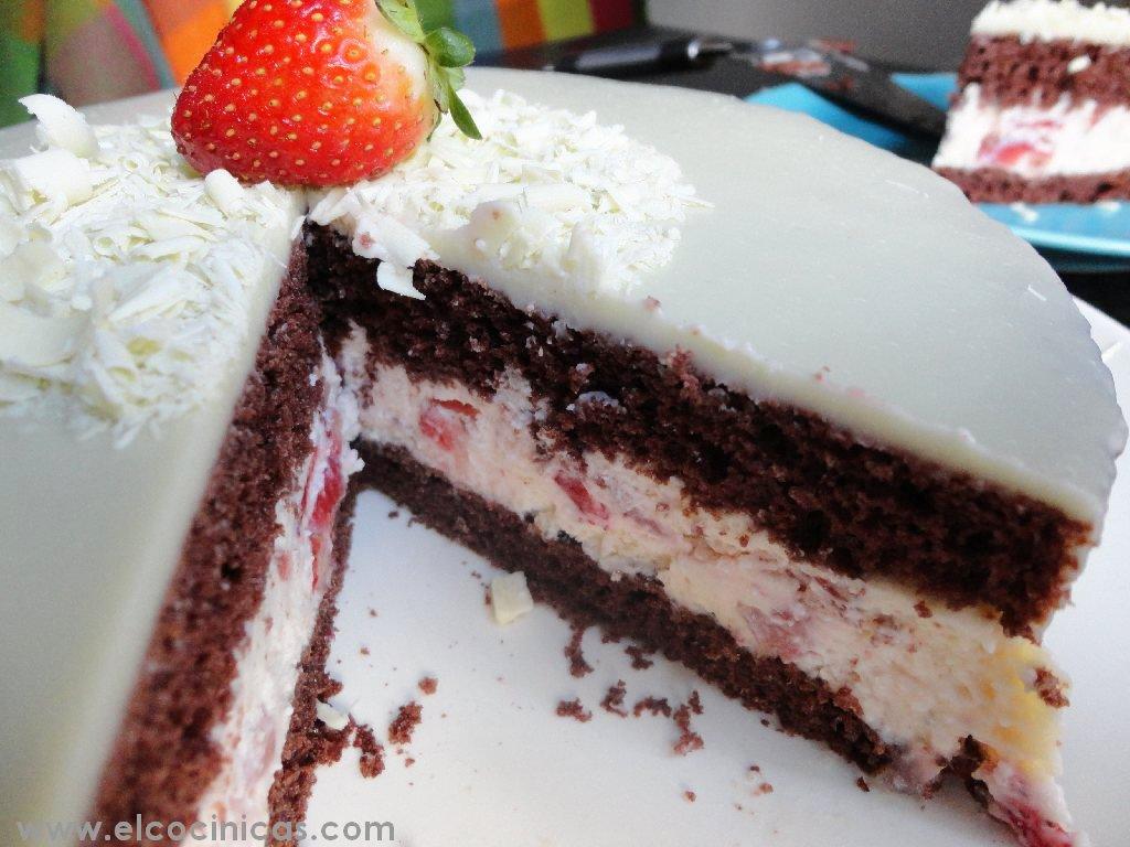 Tarta de fresas y chocolate blanco | El Cocinicas