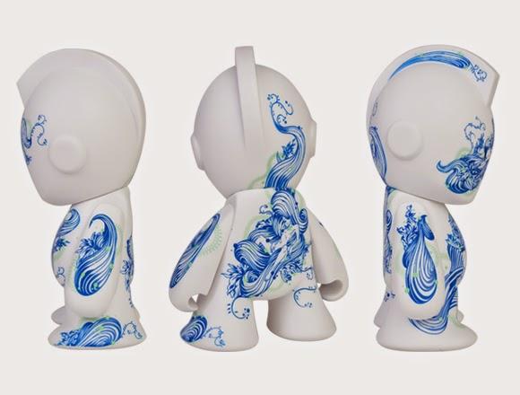 """""""Floral Pleasure 'Bot"""" Kidrobot Mascot 7 Inch Vinyl Figure by Tristan Eaton"""