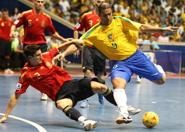 [Image: futsal-final-brasil-espanha-01g.jpg]