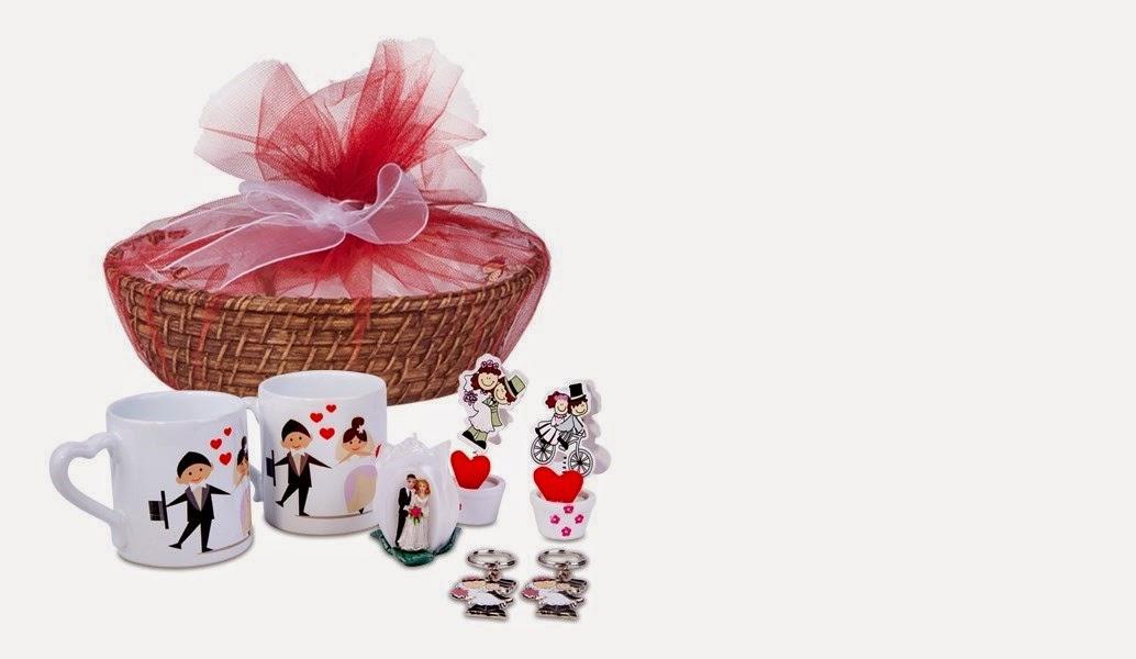 yeni-evli-ciftlere-ozel-hediye-sepeti