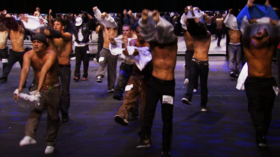 Michael Jackson's – This is it - Tee-shirts off during auditions.