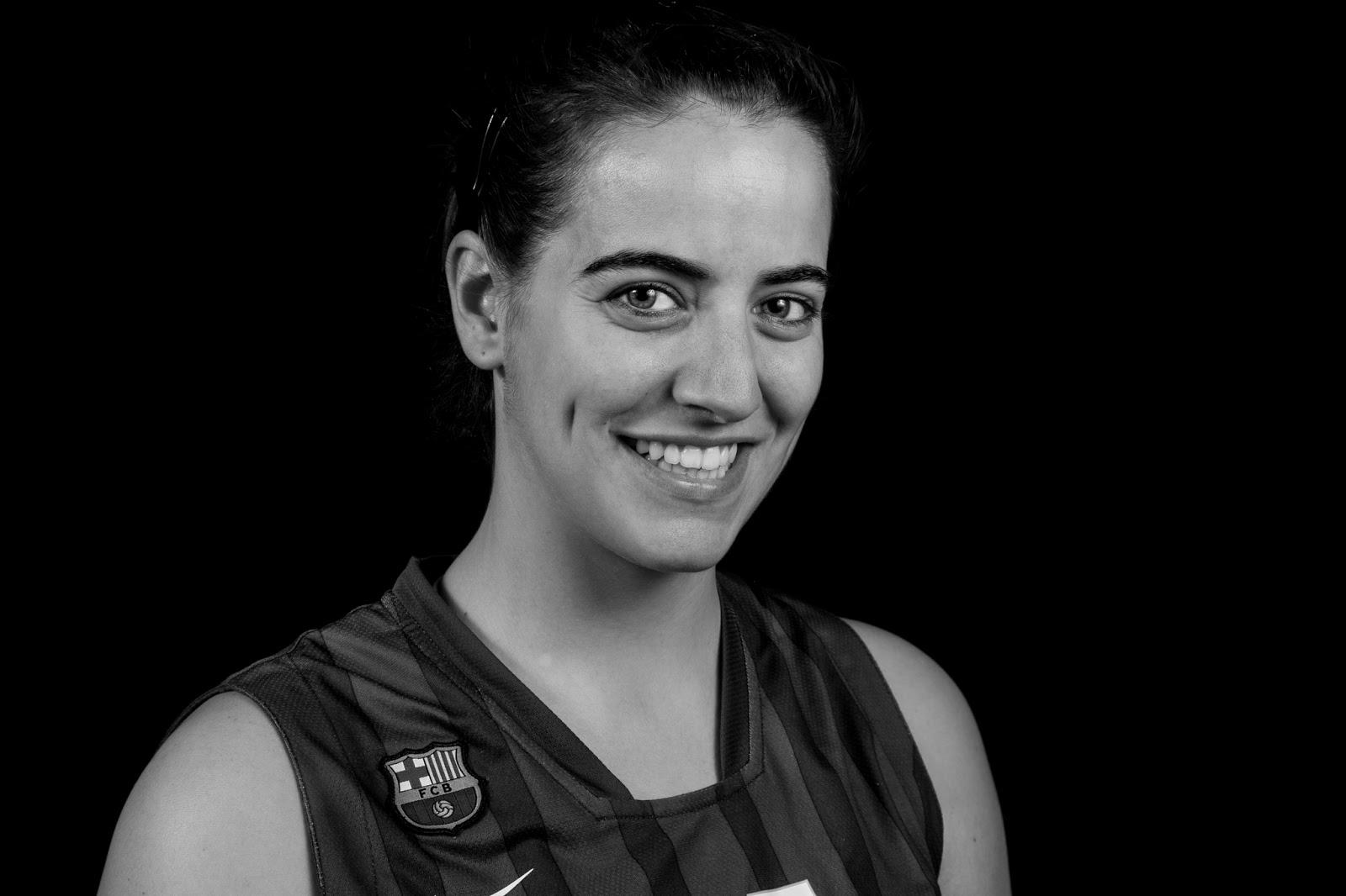 Aida 15 - CBS Barça Senior Femenino A - 2013 :: Canon EOS 5D MkIII | ISO100 | Canon 24-105 @60mm | f/11 | 1/60s