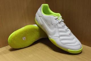 Tips Memilih Sepatu Futsal