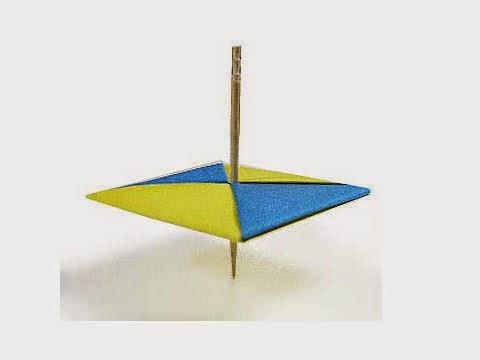 Cách gấp, xếp con quay bằng giấy origami - Video hướng dẫn xếp hình - How to make a Top