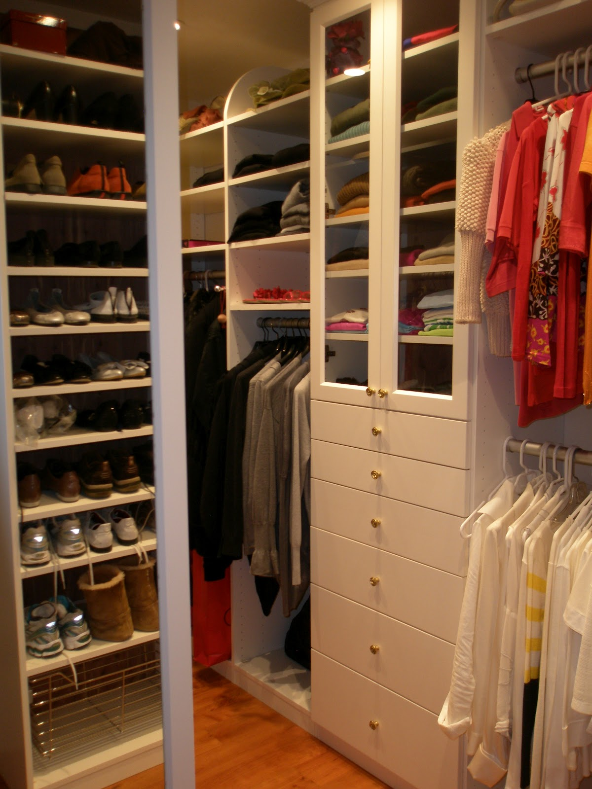 Malka in the closet custom closet sonoma for Custom closet images