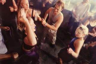 Como ligar en discotecas y garitos #seducción #ligar
