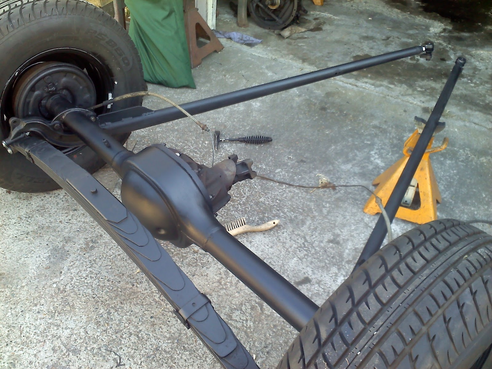 32 Ford Banjo Rear End : Perich brothers and sister how to not so low budget