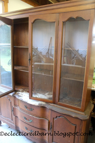 paint damaged hutch for free