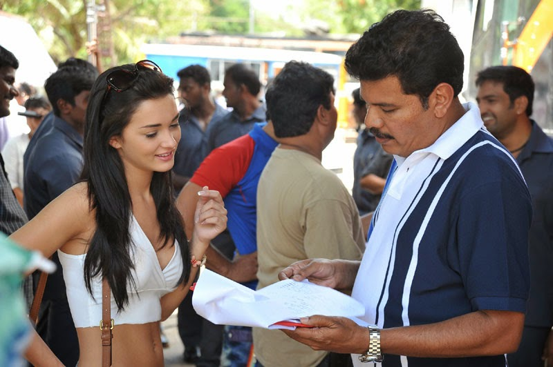 amy jackson hot wallpapers