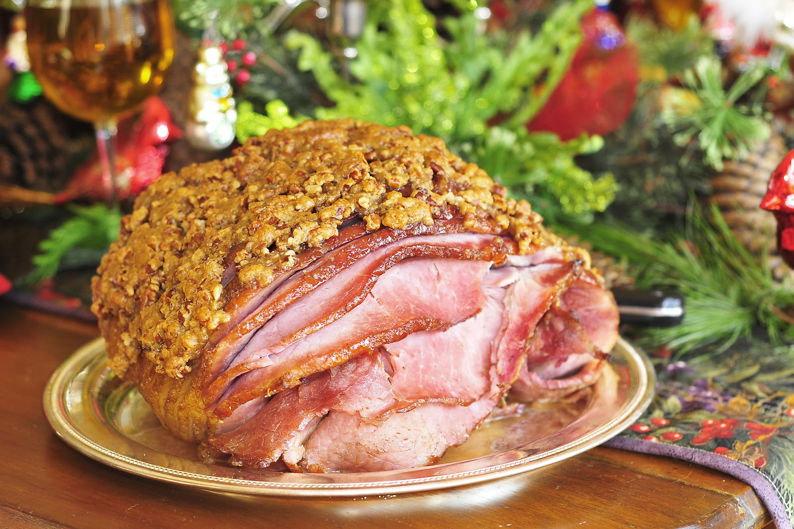 ... Gourmet: 240. Hot Buttered Rum and Pecan Encrusted Christmas Ham