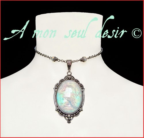 Collier elfique féerique pierre de lune opale blanc laiteux magie blanche fée elfe magical elven fairy moonstone necklace white opal MoonShine