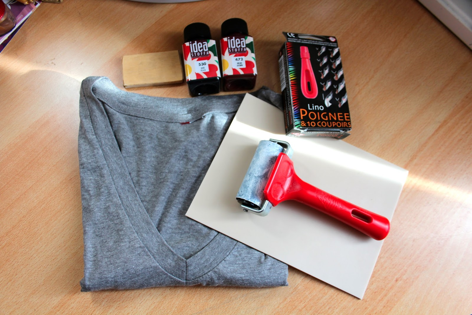 Shirt design with fabric paint - A Plain T Shirt Or Fabric Fabric Paint Carving Block Linoleum Or Rubber Carving Tool Something To Help You Spread Your Color A Brayer Or A