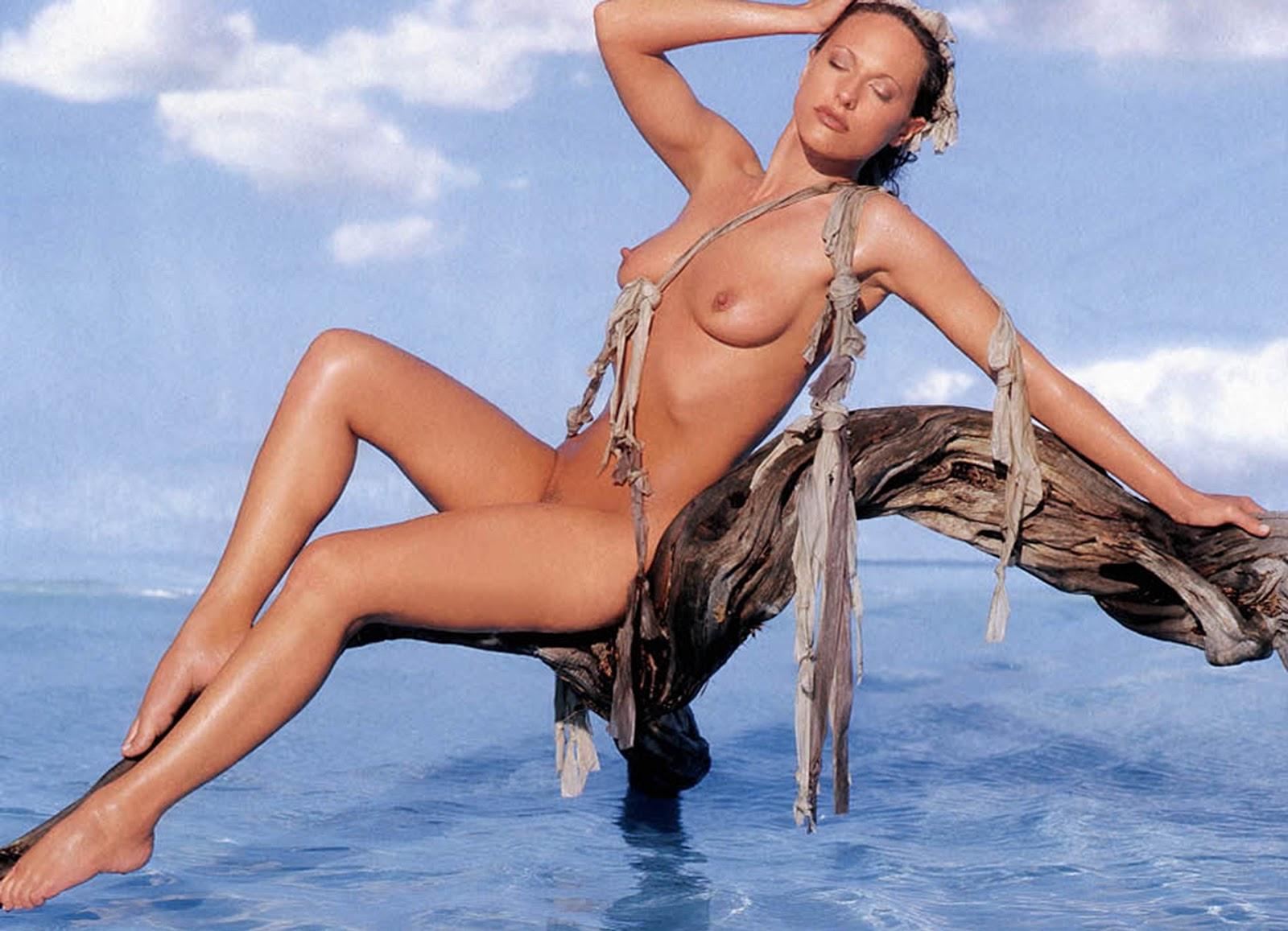 Survivor Jerri Manthey Nude