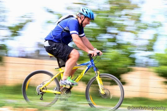 Dr Ross Freebairn, Bridge Pa, Hastings, heading out for a bike ride, is a consultant in the Intensive Care Department at Hawke's Bay Hospital, Hastings. Story about cyclists and cycle helmets. photograph