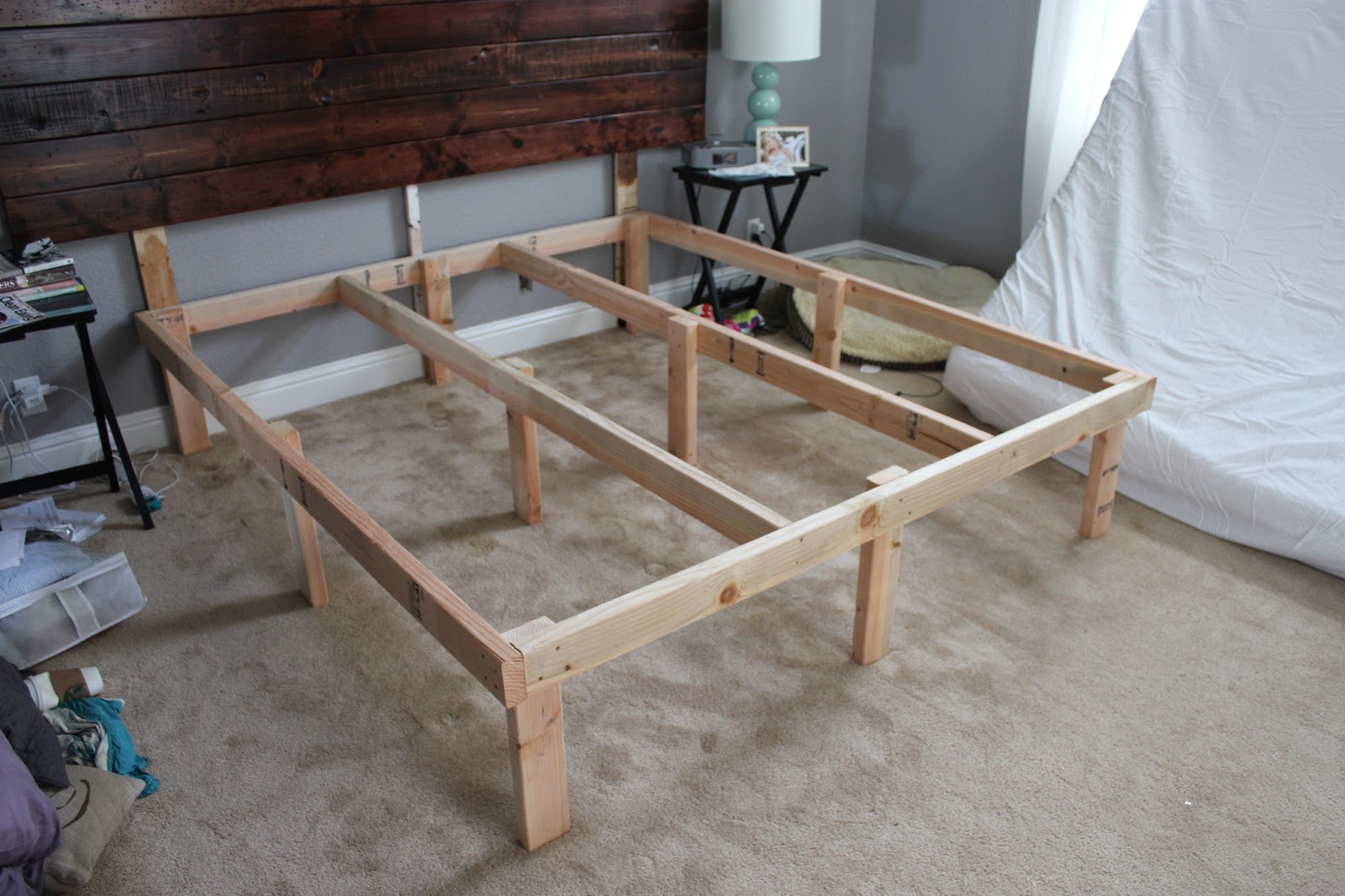 Diy king bed frame - At Home With The Hansens Diy The 100 Platform Bed Box Spring