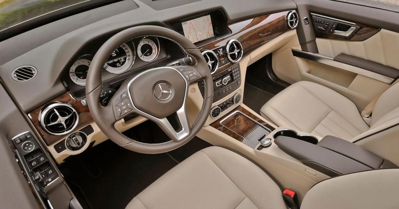 2013 Mercedes Benz GLK350 4Matic Interior Design