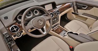 2013 Mercedes-Benz GLK350 4Matic Interior Design