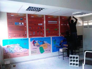 El currículo al alcance de todas y todos, el currículo en la pared, el currículo democratizado