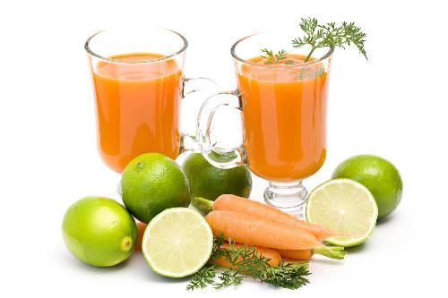 Succhi di frutta e verdura fai da te estrattore o for Succhi di frutta fatti in casa