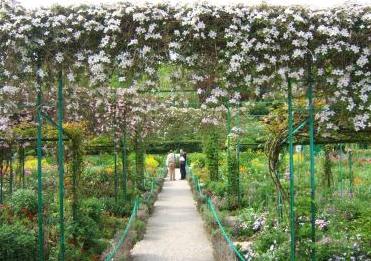 Studio floral dora santoro jardins de monet for O jardins d eglantine