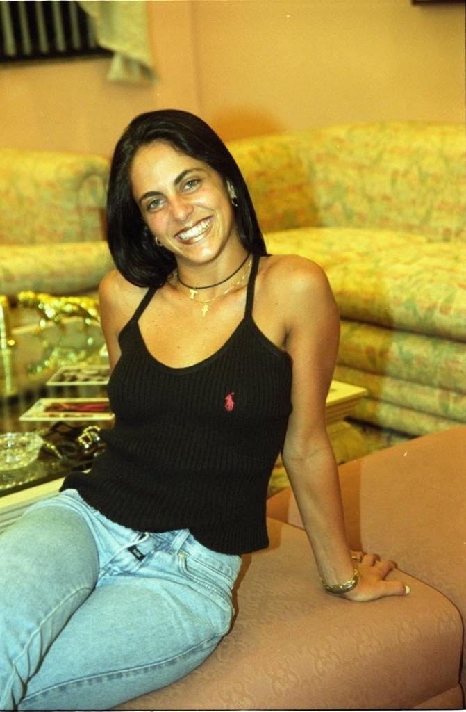 Thammy Miranda vai mudar de sexo 3032001---a-atriz-thammy-miranda-filha-de-gretchen-aos-18-anos-1363227957395_671x1024