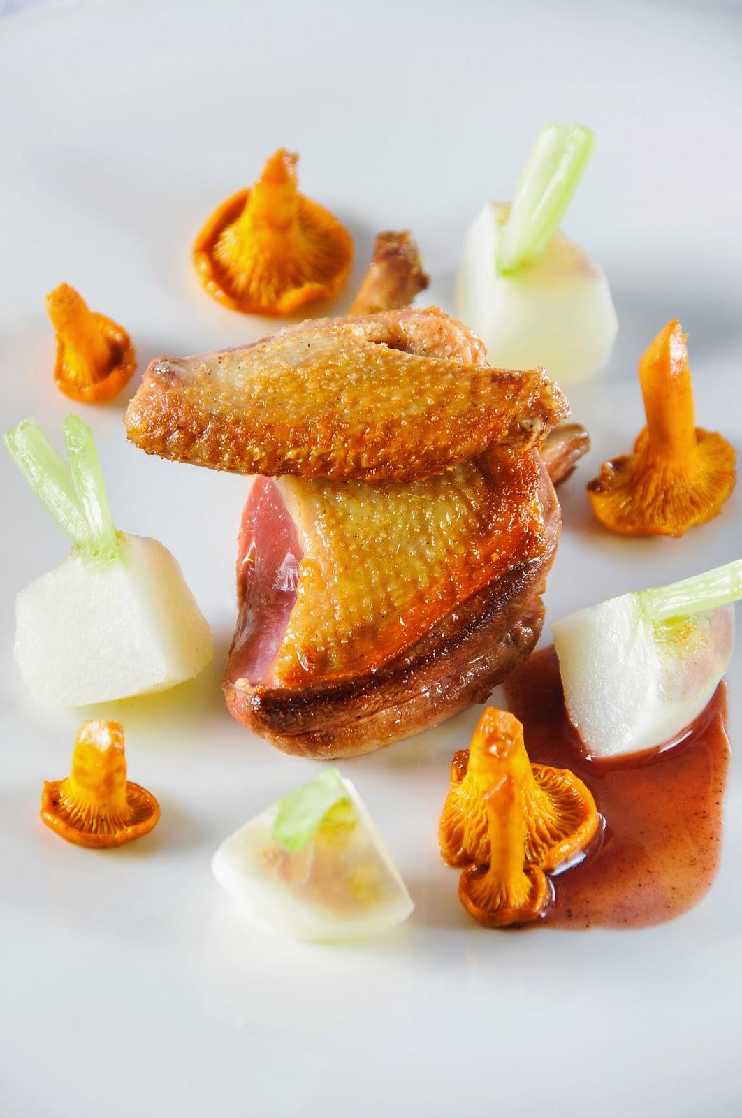 http://www.chateaubellevue.org/fr/restaurant/carte-et-menus