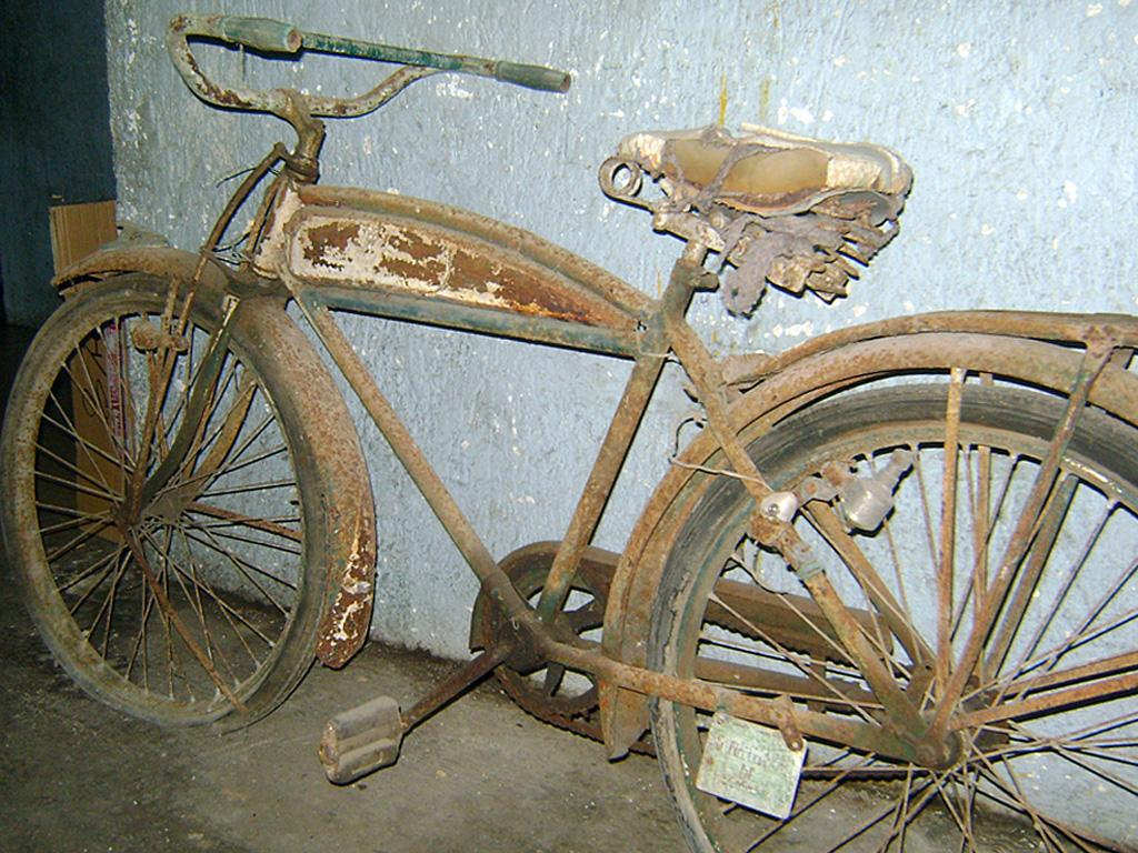 Dirt riders mtb m rida bicicletas antiguas al taller - Restaurar paredes viejas ...