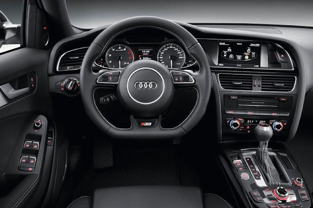 2013 Audi S4 Avant Interior Entertainment