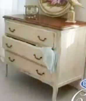 Decora tu vida diy t cnicas de reciclaje el acabado for Muebles envejecidos en blanco