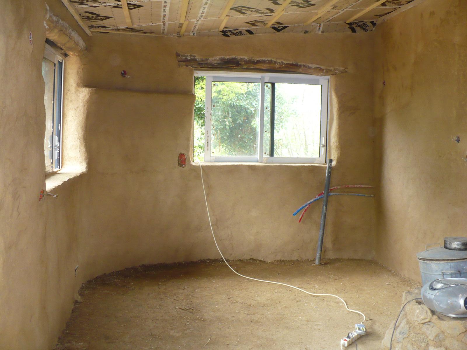 maison terre et paille enduits terre chaux a rienne. Black Bedroom Furniture Sets. Home Design Ideas