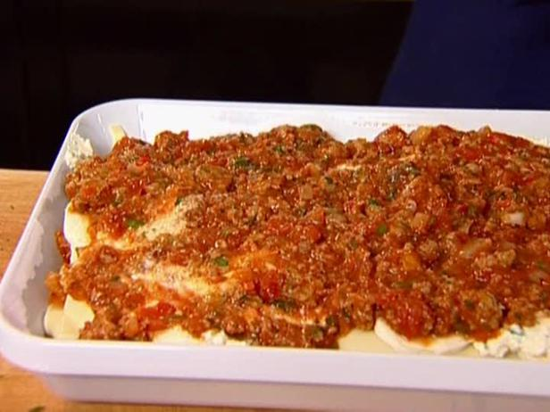 Turkey Lasagna Recipe - How to Make Turkey Lasagna ...