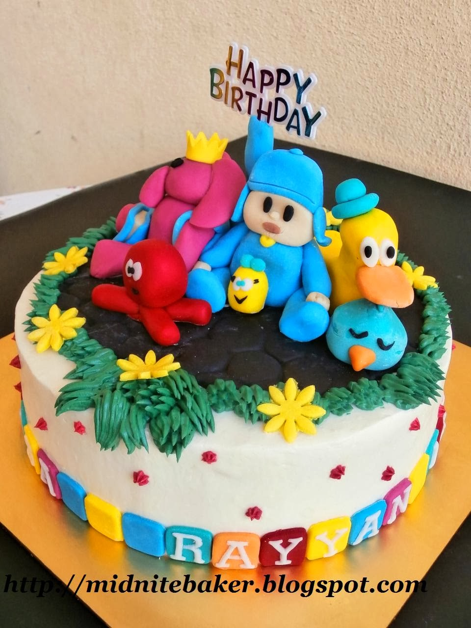 BUTTERCREAM CAKE WITH FIGURINE