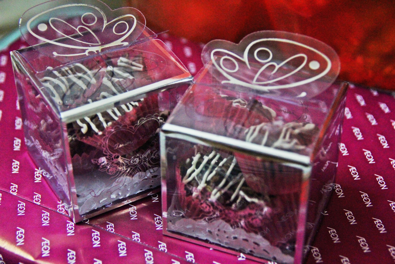 Chocolate For Wedding Door Gift : Suitable for wedding, birthday or give away door gift!